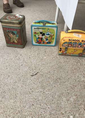 Vintage Disney Lunch Box with Thermos for Sale in Webberville, TX