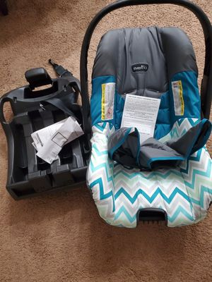 Evenflo car seat for Sale in Winston-Salem, NC