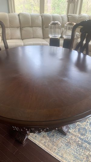 Kitchen table for Sale in Wake Forest, NC