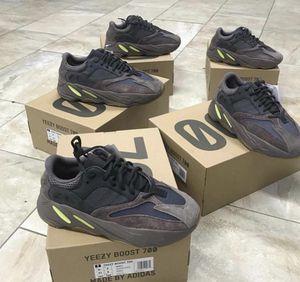 Adidas Yeezy 700 for Sale in Detroit, MI