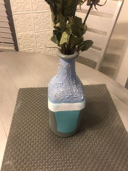 Flower decoration vase for Sale in Tucson,  AZ