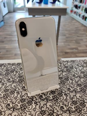 Unlocked Apple iPhone X 64GB for Sale in Everett, WA