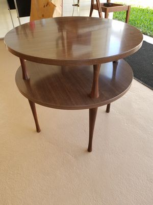 Mid-century Modern 2-Tier End or Corner Table for Sale in Bradenton, FL
