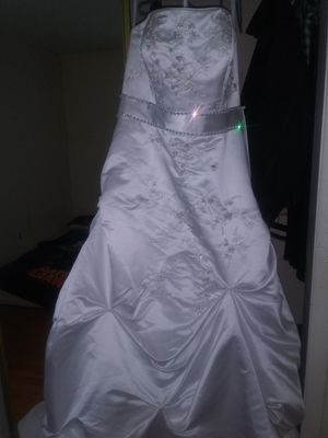 Wedding dress for Sale in Manassas, VA