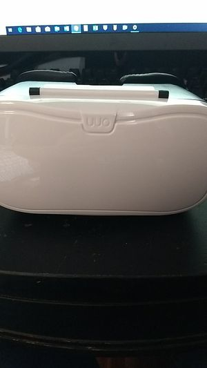 VR Headset - Universal Phone Compatibility for Sale in Boston, MA