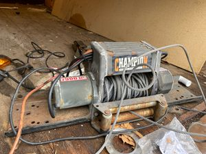 champion 7500il winch with remote for Sale in Bloomingdale, IL