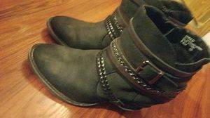 Womens boots for Sale in Lathrop, CA
