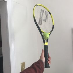 Youth Tennis Racket Hardly Used (Prince Air Tight 26) for Sale in Arlington,  VA