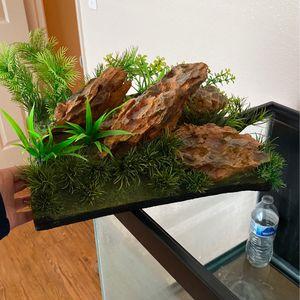 Fish Tank Decor Green for Sale in Fresno, CA
