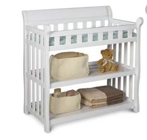 Clean gently used Changing table for Sale in Brentwood, CA