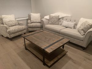 Thomasville Custom Couch and Accent Chairs for Sale in Newtown, PA