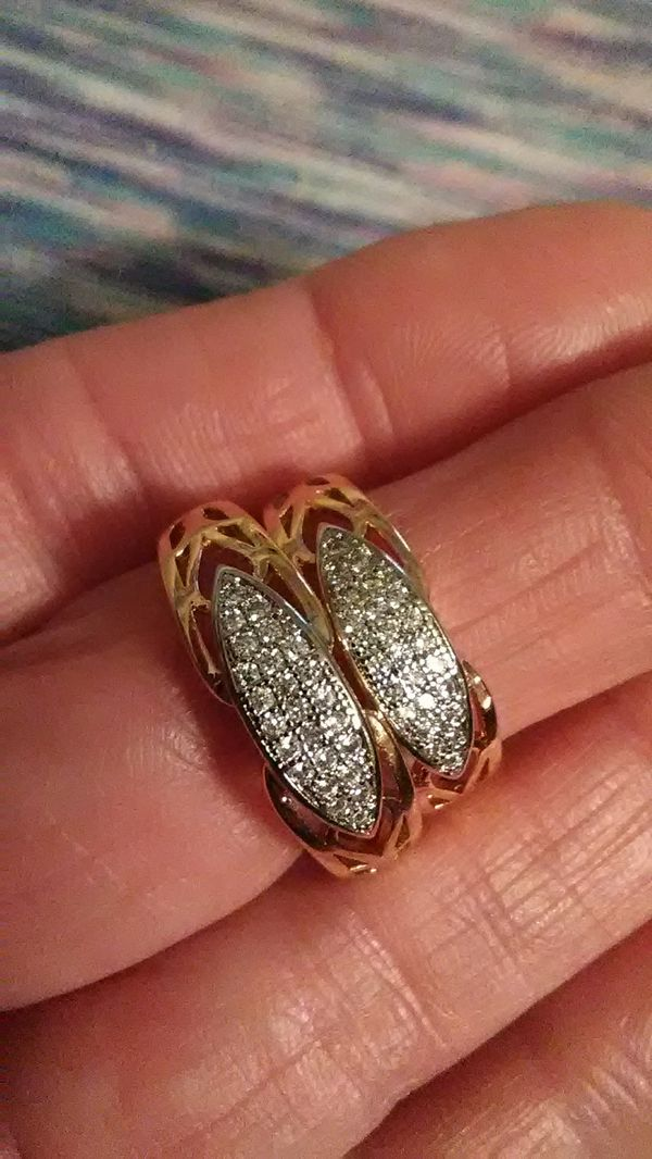 Size 6 &9 avail. Diamond quality white sapphire 18K heated layered gold wedding bands. Prices per ring.