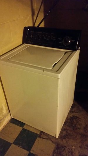 Whirlpool dryer Kenmore washer for Sale in Detroit, MI