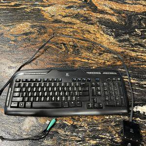 Keyboard for Sale in Visalia, CA