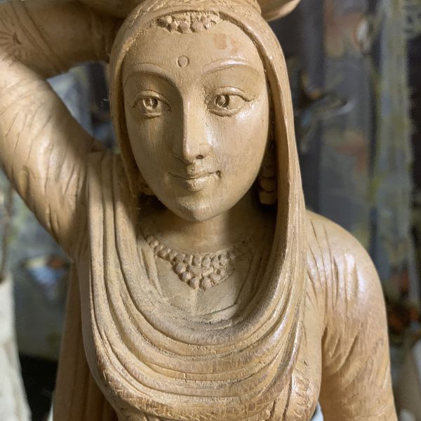 Wood Carved Woman Statue 19 x 7... she's beautiful —
