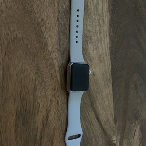 Apple Watch Series 3 (38mm) for Sale in Dublin, CA