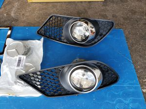 Mercedes c300 parts 08/12 for Sale in Tampa, FL