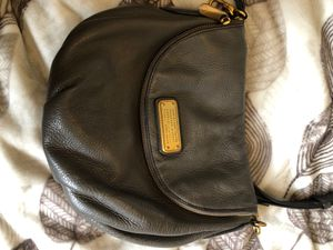 Marc by Marc Jacobs Classic Q Natasha Messenger Crossbody Bag Grey leather for Sale in Santa Fe Springs, CA