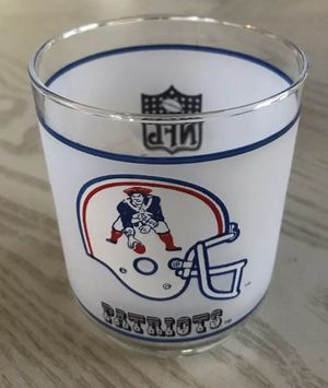 New England Patriots NFL Vintage Mobil Drinking Glass Frosted for Sale in Blackstone, MA