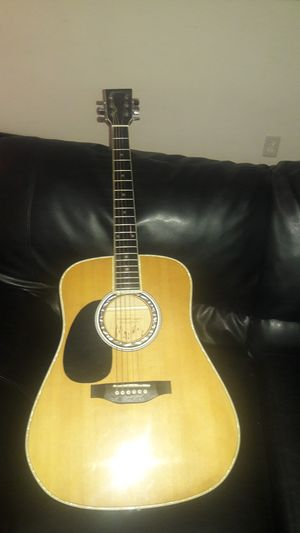 Electric acoustic guitar good condition for Sale in Richmond, VA