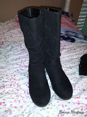 Girls black boots for Sale in Killeen, TX