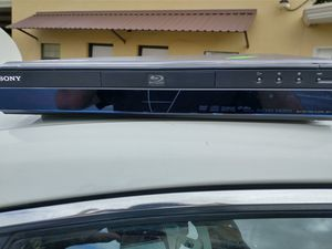 Sony Blu-ray DVD player for Sale in San Antonio, TX
