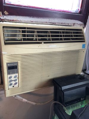 12ooo btu ac window unit for Sale in Pomona, CA