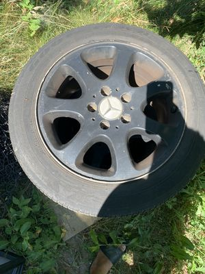 Mercedes Benz 16inch rims/tires clk320 2003 for Sale in Revere, MA