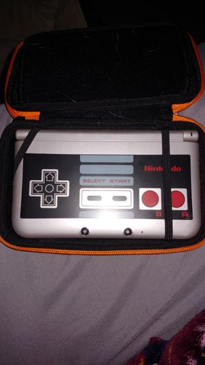 3DS XL with Nes controller on it, includes 10 games for Sale in Mesa, AZ