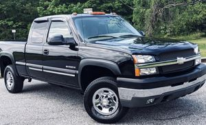 Chevrolet Silverado 2004 Sale For Truck for Sale in Chicago, IL