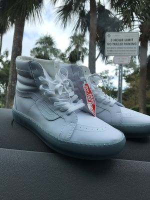 Vans OFF The Wall White Leather High Top size 8 for Sale in Key Biscayne, FL