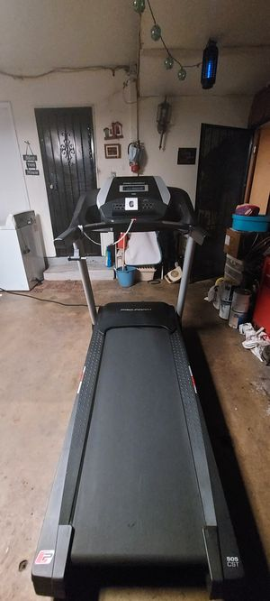 FREE DELIVERY!!! Proform 505 CST Foldable Treadmill with Audio Speakers and Free Smart Watch for Sale in Long Beach, CA