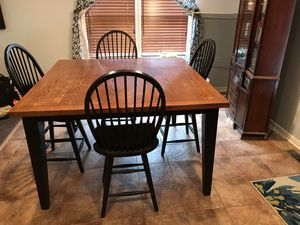 Solid wooden adjustable kitchen table with 6 chairs for Sale in S CHESTERFLD, VA
