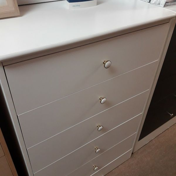 New 5 Drawer Dresser Compressed Very spacious