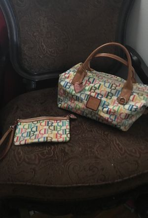 Dooney & Burke bag with matching wristlet for Sale in Chicago, IL