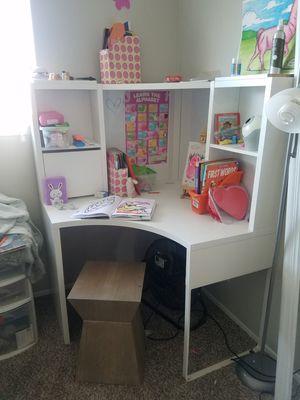 Big white corner desk for Sale in San Antonio, TX