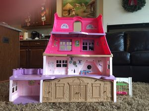 Fisher Price doll house for Sale in Aspen Hill, MD