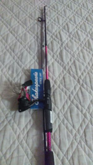 Women's Pink ShakeSpeare Reverb Fishing Rod for Sale in Dallas, TX