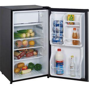 3.5 Cu. Ft. Magic chef mini fridge for Sale in Miramar, FL