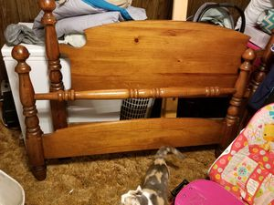 Bed frame with head and foot board for Sale in Chesnee, SC