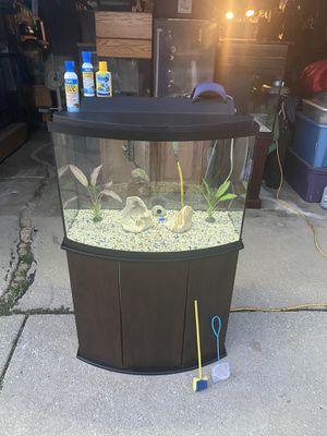 36gl Fish Tank with Stand & Accessories for Sale in Burbank, IL