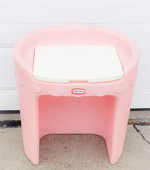 Little Tikes Vanity for Sale in Ankeny, IA
