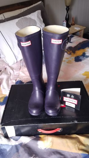 Hunter boots size 8 for Sale in Milwaukee, WI
