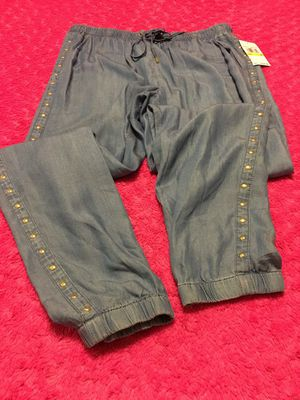 New Authentic Michael Kors Women's Joggers Size Medium for Sale in Bellflower, CA