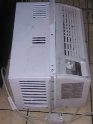 LG.Window ac. Works like a champion. for Sale in Denver, CO