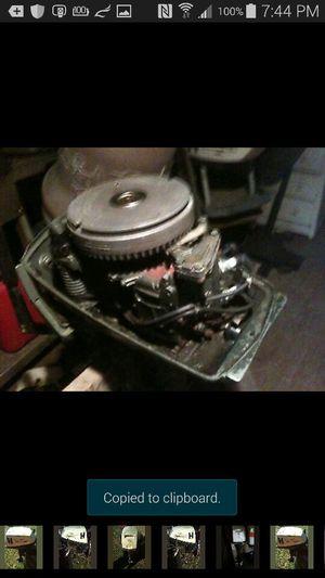 5 horsepower Johnson outboard boat motor runs good for Sale in Fredericksburg, VA