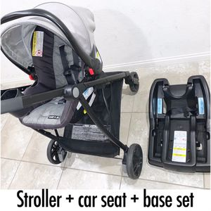 """Click connect Snug Ride stroller + car seat + base """"travel system"""". A must-have! Feel free to msg me anytime for Sale in North Las Vegas, NV"""