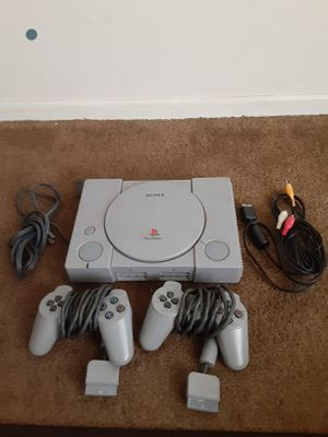 PS1,SELLING AS IS, DOESN'T READ DISC, DOESN'T WORK, TURNS ON for Sale in Chula Vista, CA