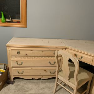 Girls Twin Bedroom Set X2 for Sale in Orland Park, IL