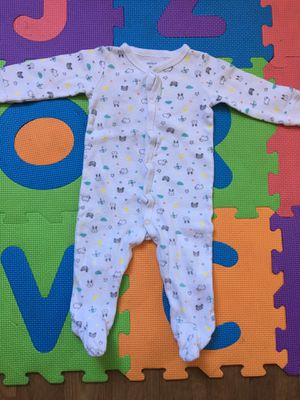 Babygirl pajamas 9 months carters for Sale in Santee, CA